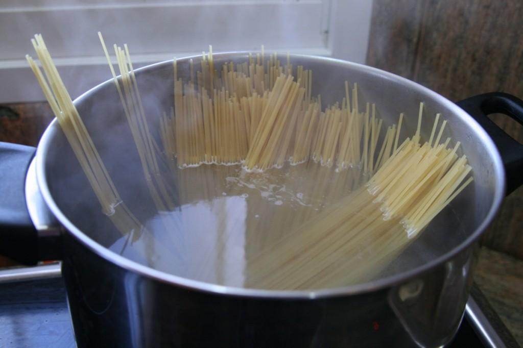 ספגטי עומד במים, הממ.... ג'קוזי לספגטי