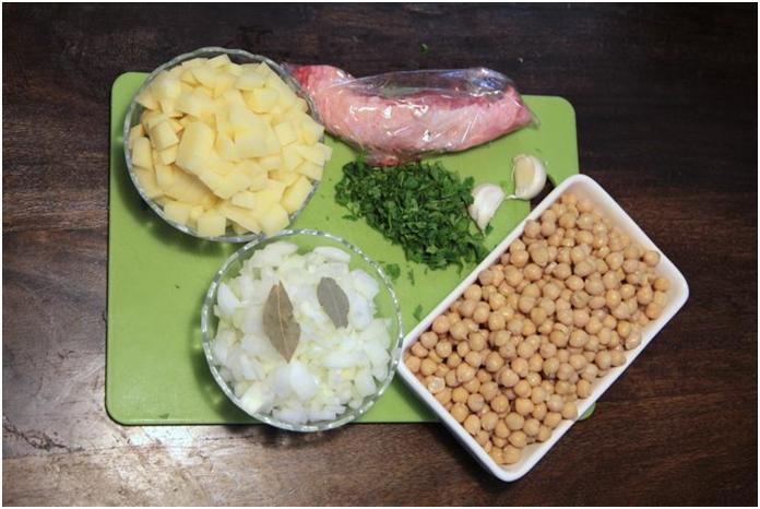 מרכיבים למרק חומוס