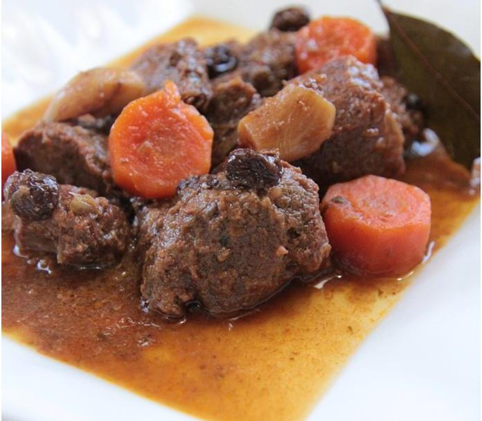 צלי בקר קרואטי לאירועים מיוחדים – Pašticada