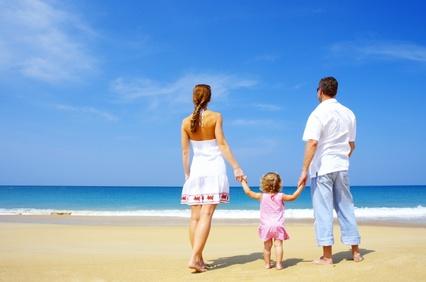 """לטייל בחו""""ל עם המשפחה : הדברים שלא כדאי לשכוח בבית כאשר יוצאים לטיול משפחתי בחו""""ל"""
