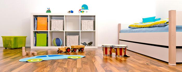 איך להשתלט על חדר ילדים מבולגן ולארגן אותו